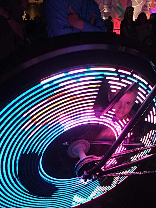 MonkeyLectric_spinning_wheel
