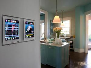 Figure-8_HGTV_Smart_home_kitchen