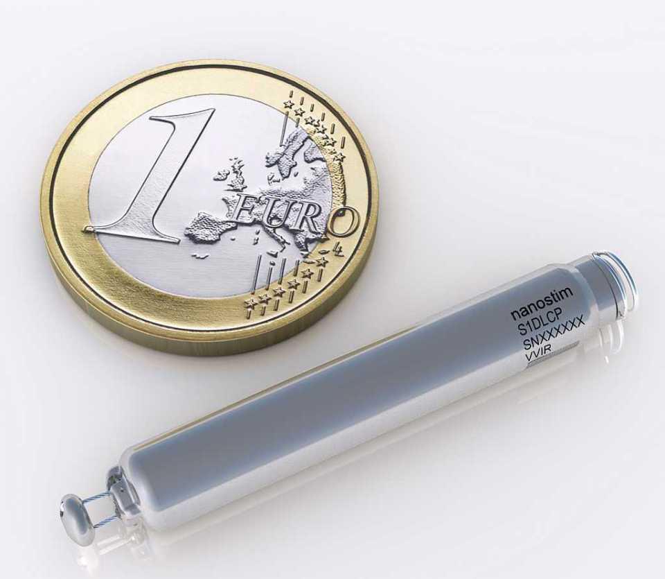 Nanostim-Euro_Size_Comparison