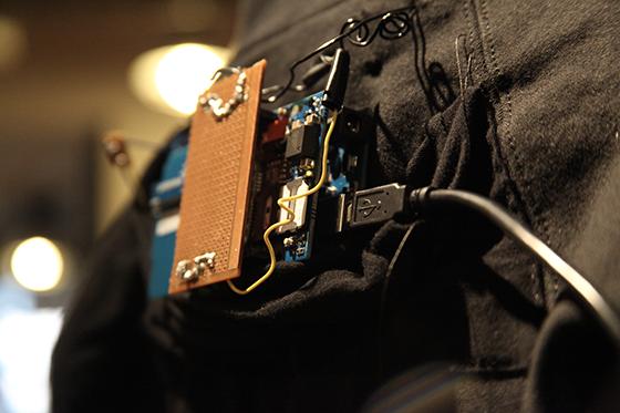 smart-hoodie-arduino