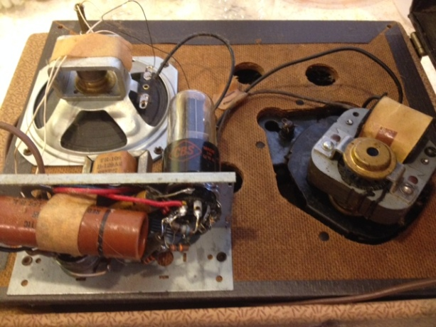 Symphonic-SL-149-record-player_inside