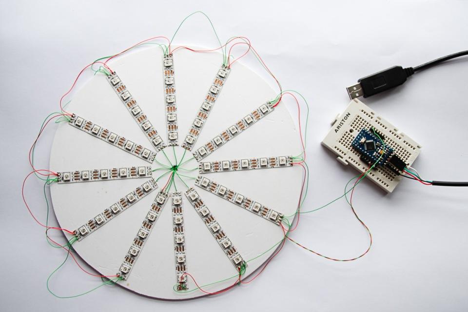Caleidoscopio con Arduino y tiras de leds
