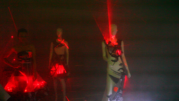360fashion-laser-dress-michal-starost