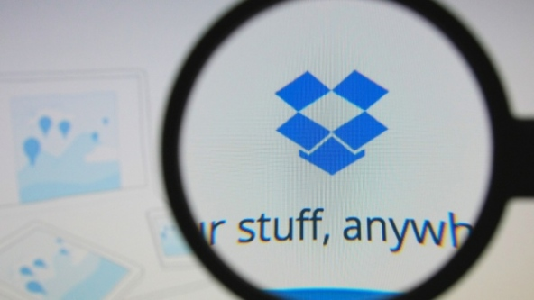 dropbox-logo-with-magnifying-glass
