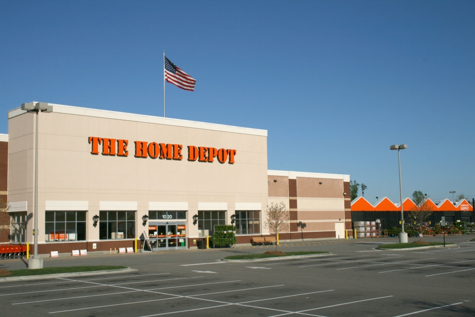 2009-04-12_The_Home_Depot_in_Knightdale