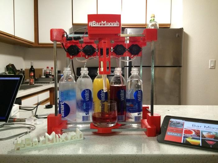 bar-mixvah-3d-printed-bartender-robot-1
