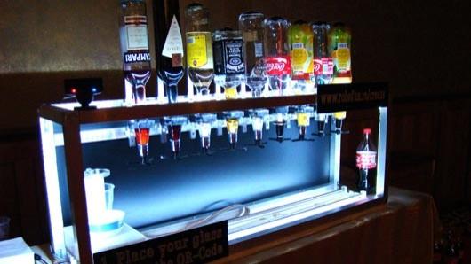 robofun-social-drink-machine