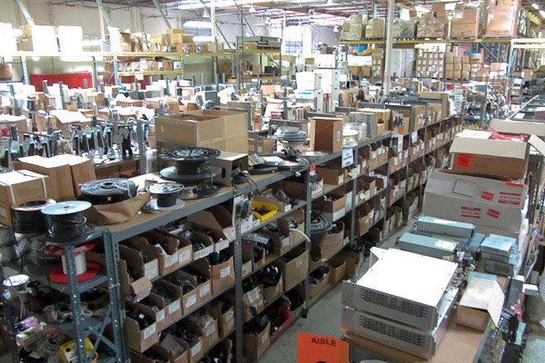 Salvage-yard-electronics-Weird-Stuff-Warehouse