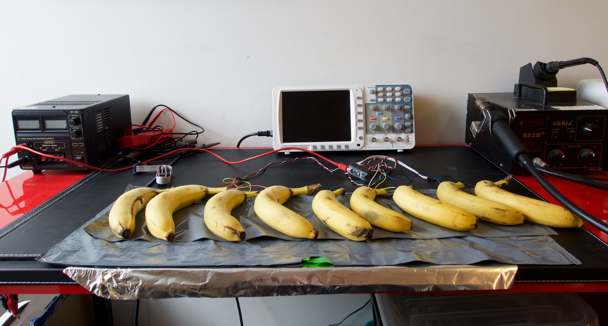 Playing a banana piano with Arduino, Clojure and Overtone