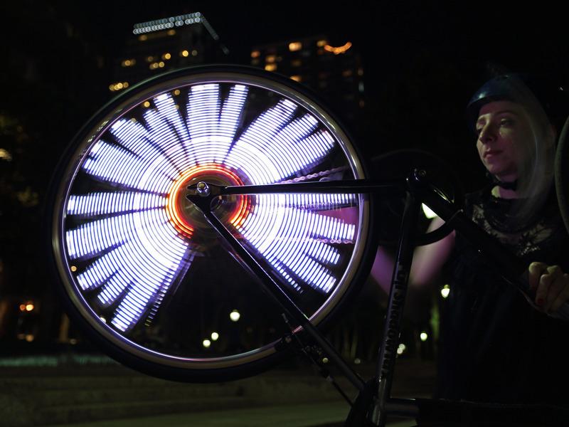 projects_Bike_Wheel_POV_Display_adafruit_03