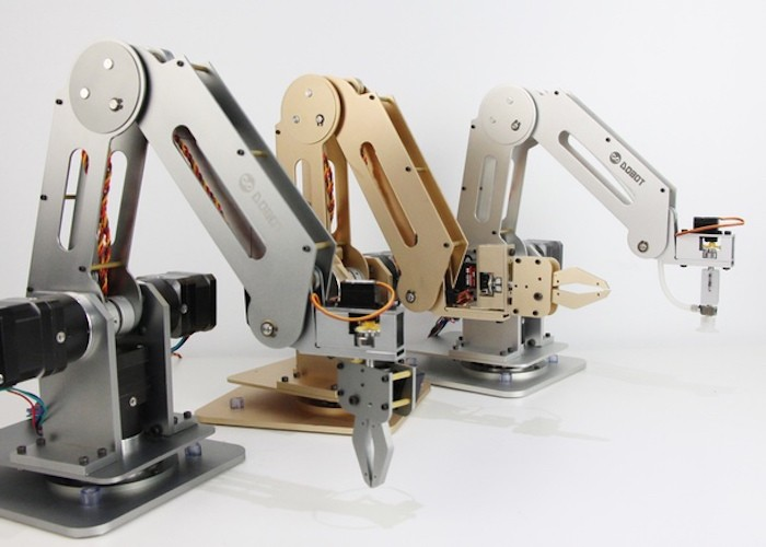 Dobot-Robotic-Arm-for-Everyone-Arduino-Open-Source-03