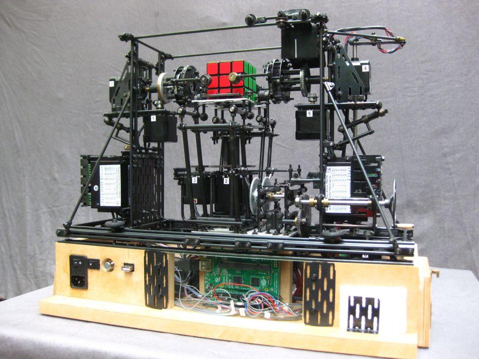 rubikmachine-1