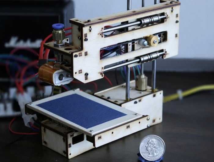 Baby-3D-Palm-Sized-3D-Printer