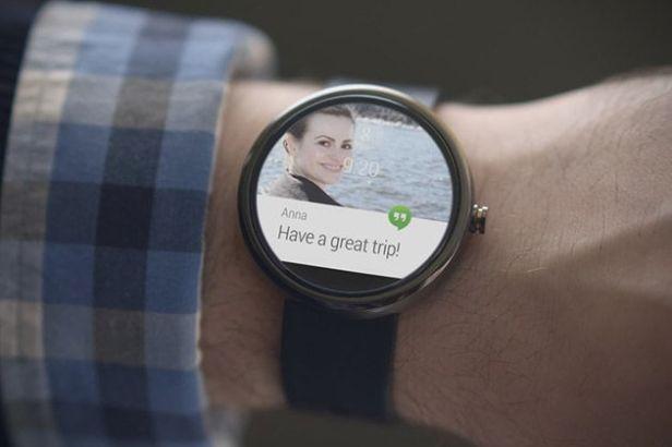 Motorola-Moto-360-smart-watch_2.jpg