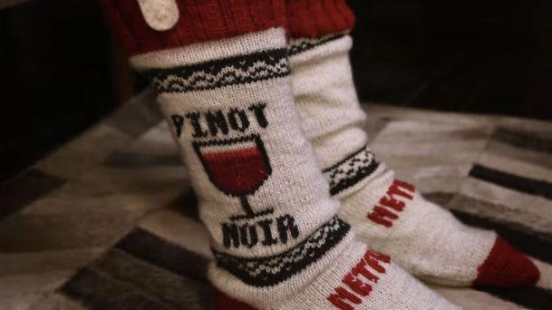 netflix-socks-pinot-noir