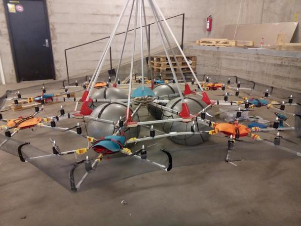 This giant drone lifted a record-setting weight of 134 pounds